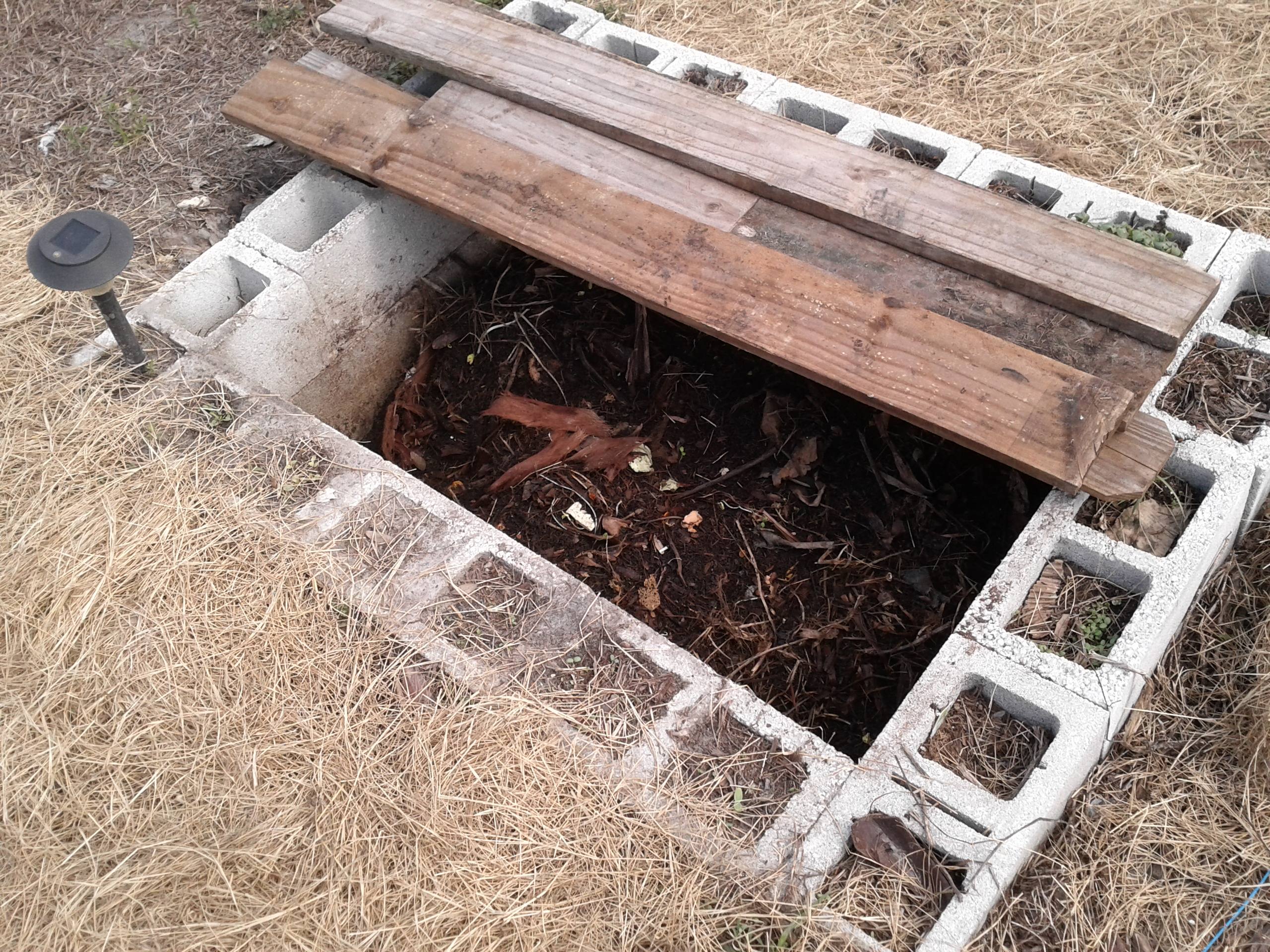 How To Build A Simple In Ground Worm Pit Adventures